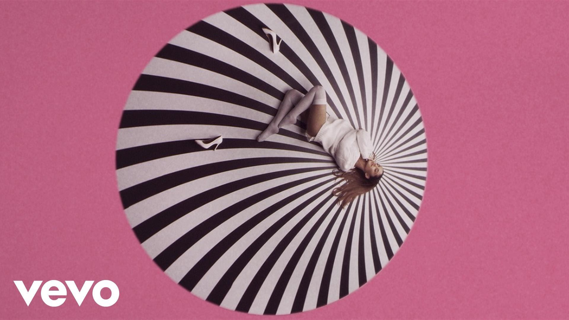Ariana Grande — Problem ft. Iggy Azalea