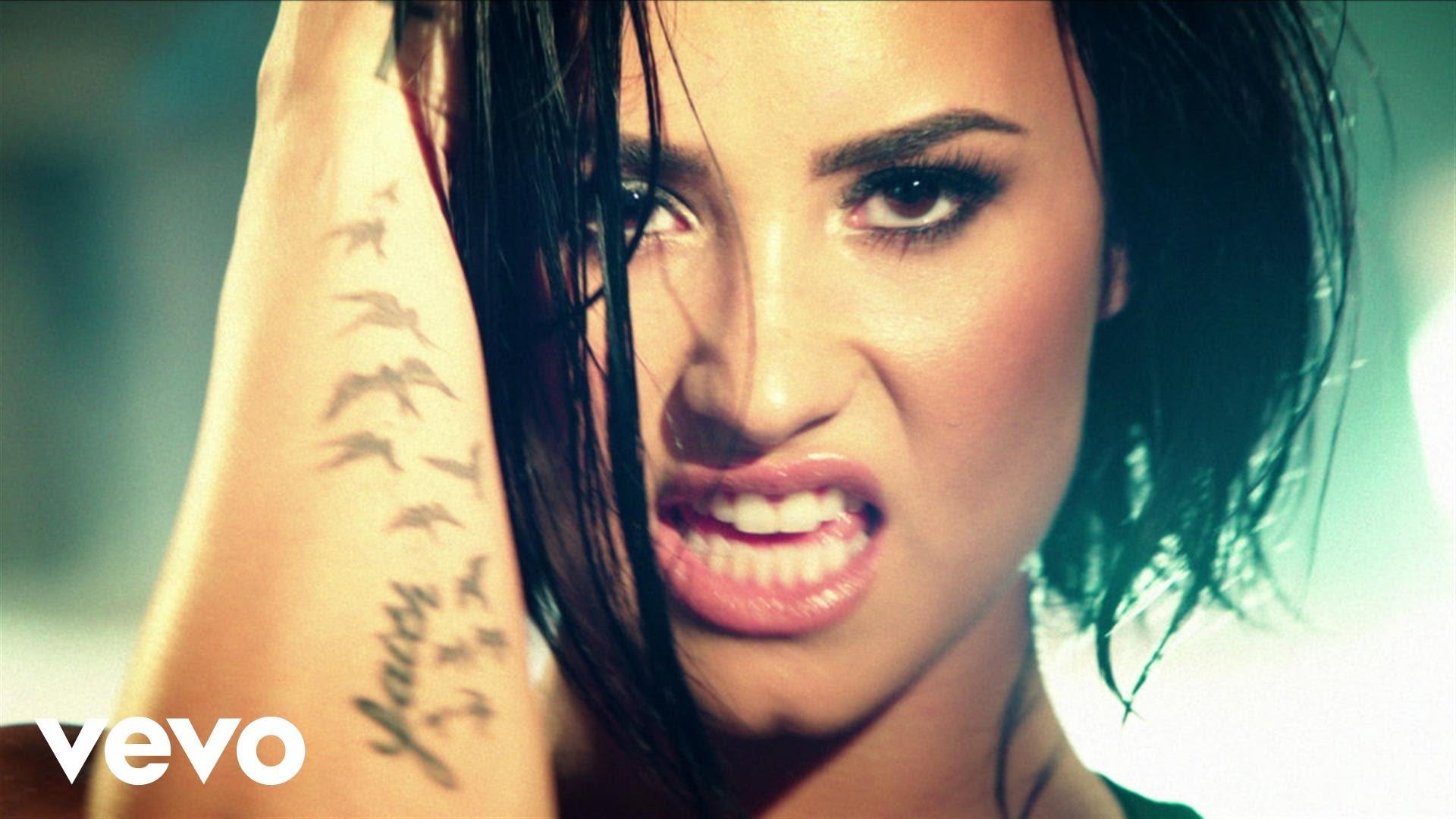 Demi Lovato — Confident (Official Video)