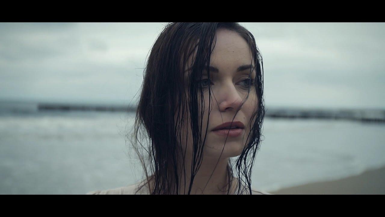 Karolina Baszak — Prawdziwa Historia [Official Video]