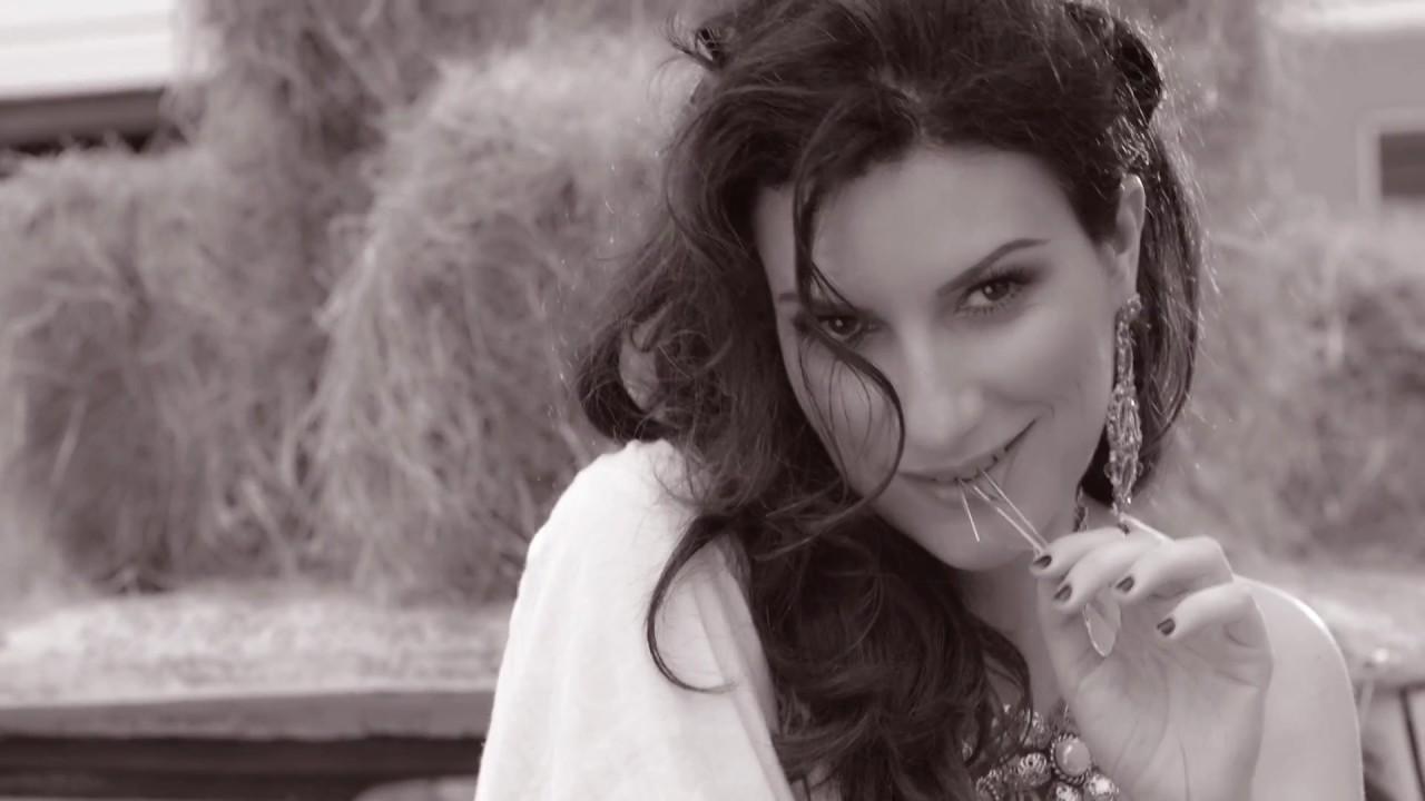 Laura Pausini — Tornerò (Con calma si vedrà) [Official Video]