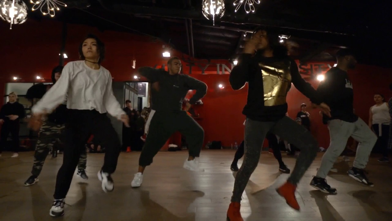 Chris Brown — Party (Official Video) ft Gucci Mane , Usher Choreography by: Hollywood