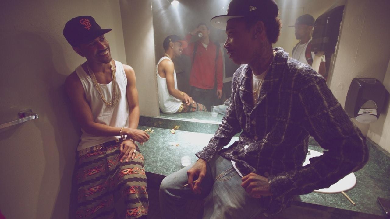 Wiz Khalifa ft Curren$y & Big Sean — Flowers [Official Video] Legendado