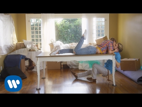 Michael Bublé — I Believe in You [OFFICIAL MUSIC VIDEO]