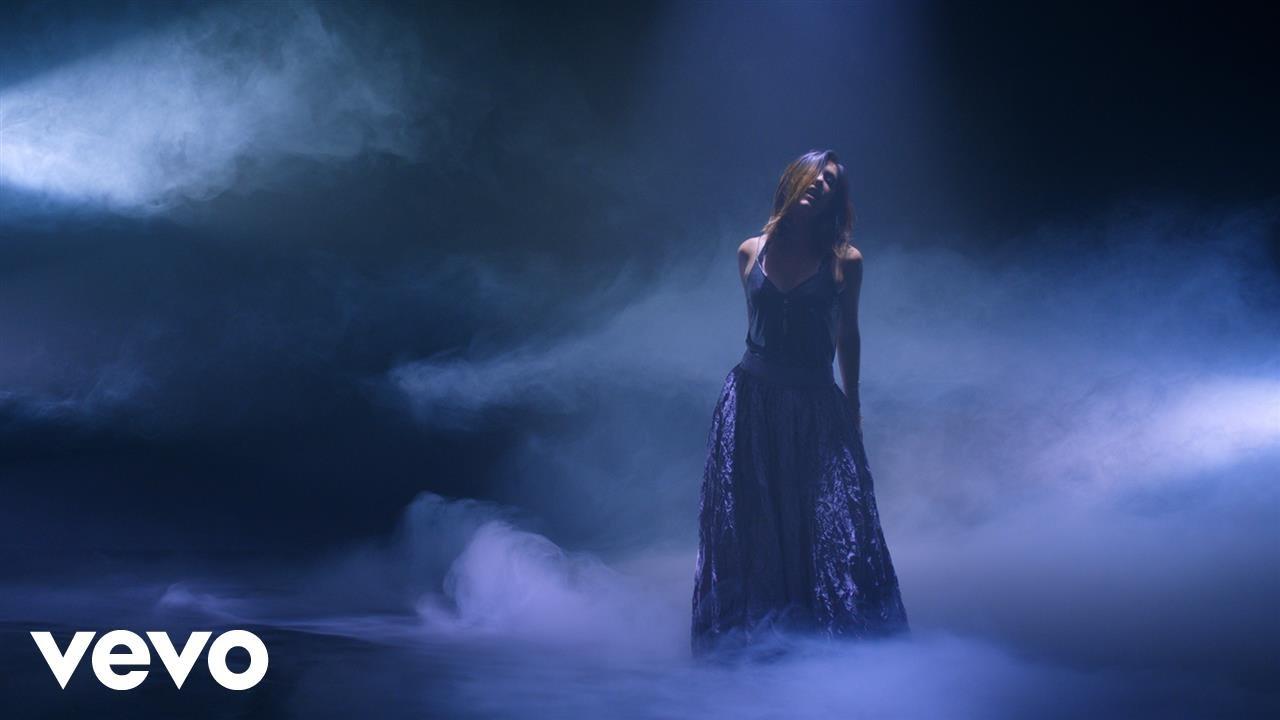Mariana Vega — La Marea (Official Video)