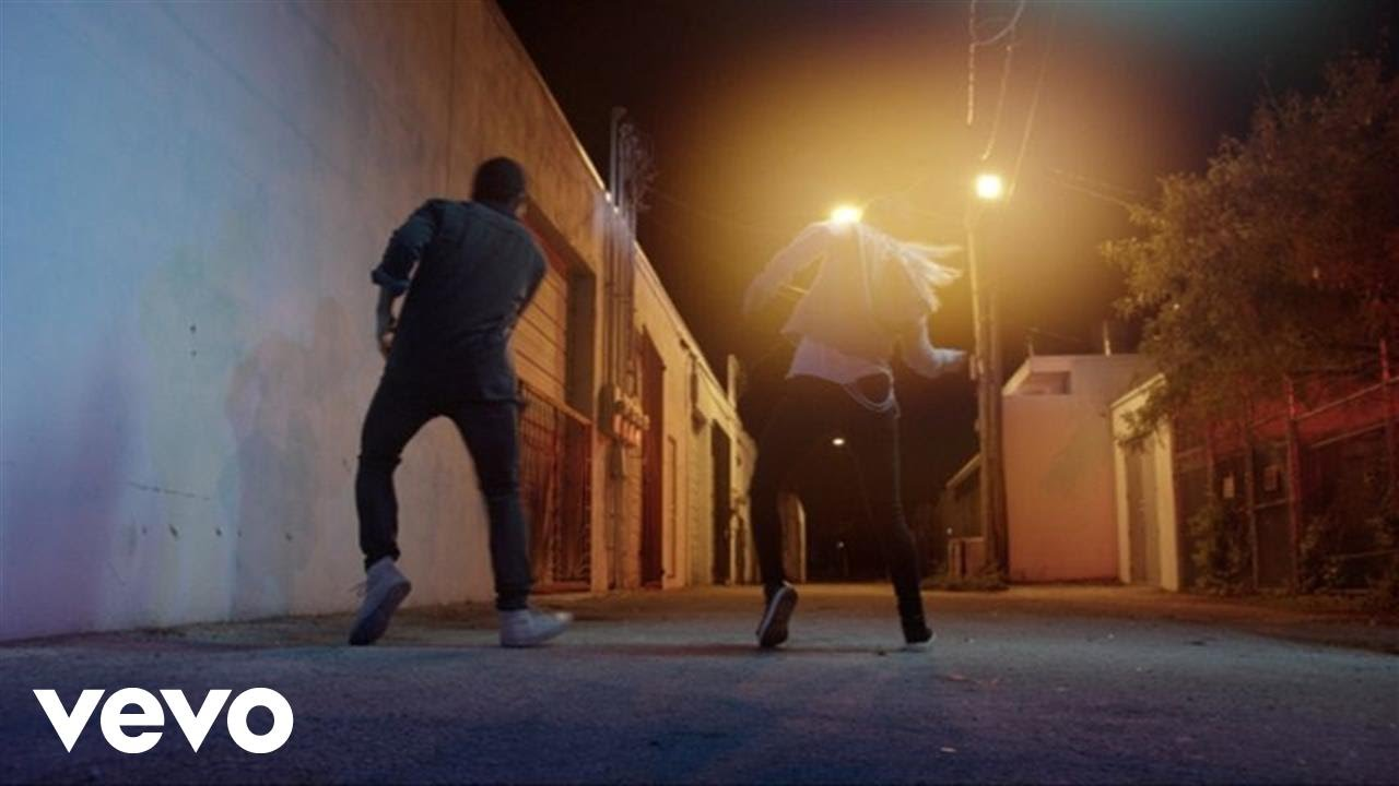 Keith Urban — The Fighter (Dancers Version) ft. Carrie Underwood