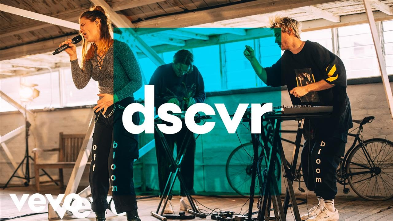 off bloom — Falcon Eye — Vevo dscvr (Live)