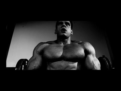 DM4 — Bosski, Toony — IDĘ NA TRENING prod.Bngrski (official video)
