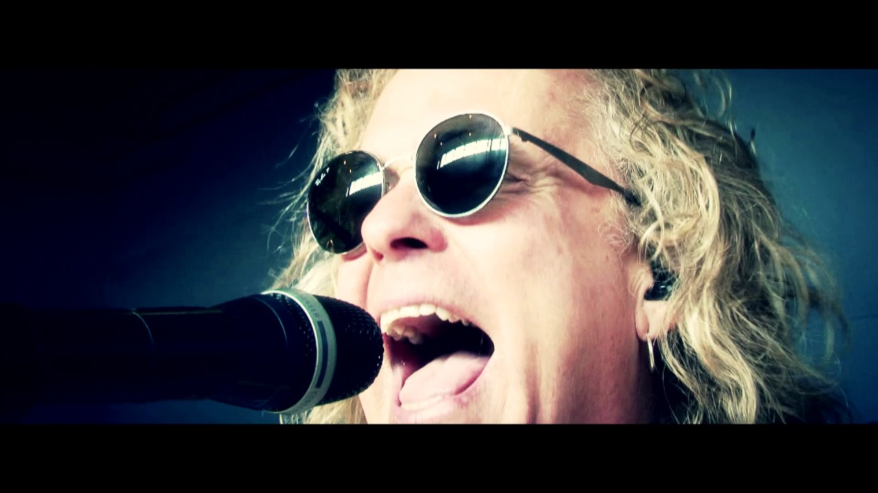 Night Ranger — «Running Out Of Time» (Official Music Video)