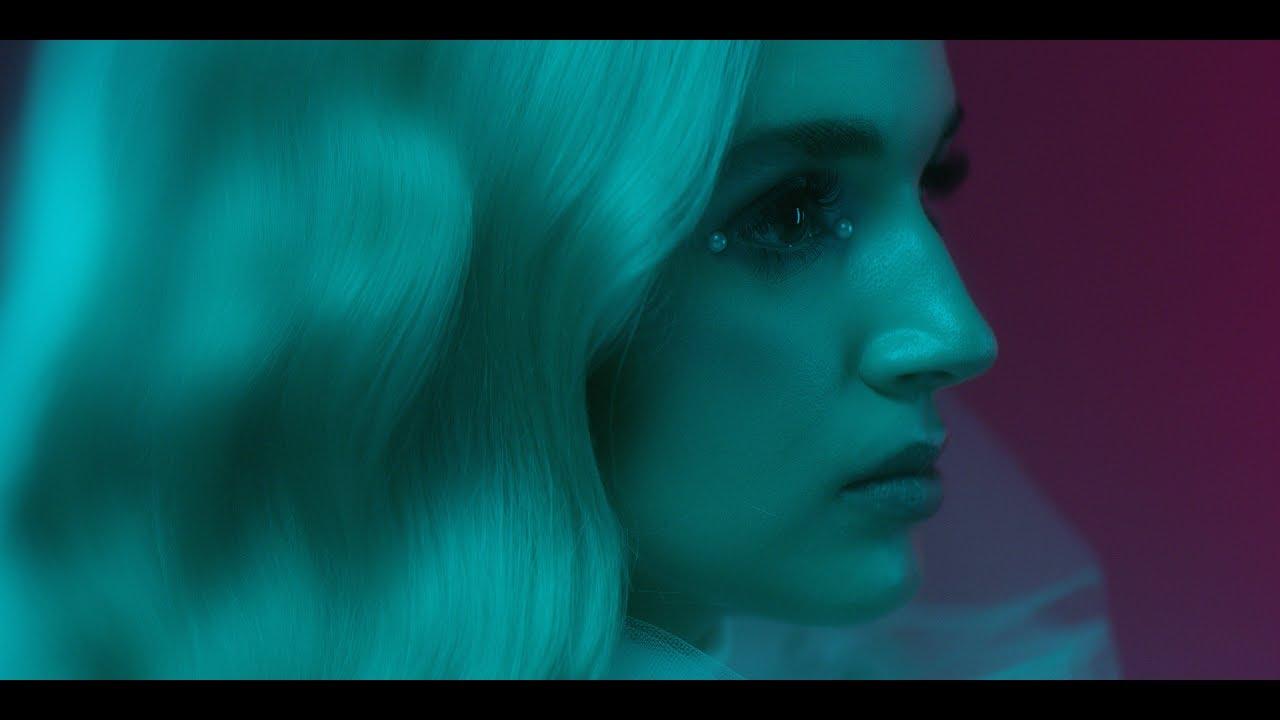 Poppy — Interweb (Official Video)