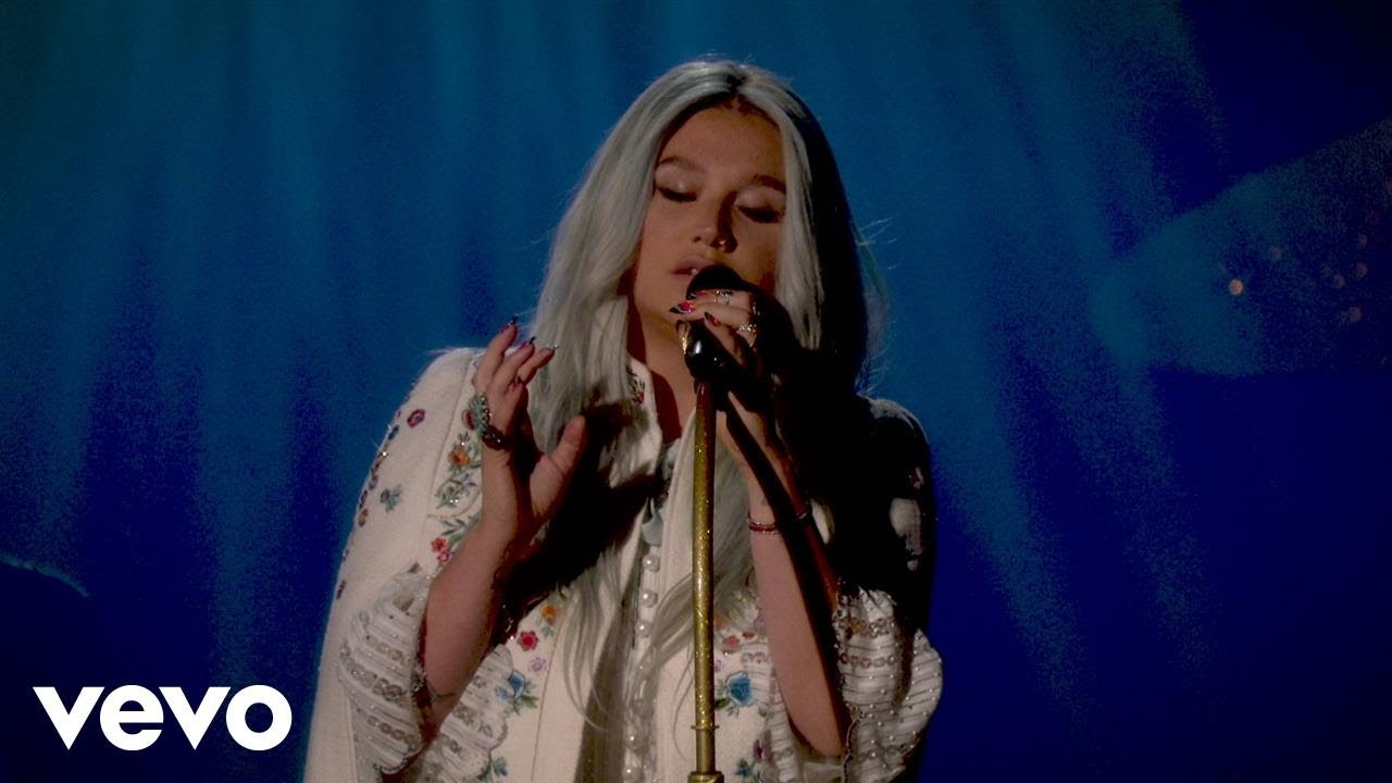 Kesha — Praying (Live Performance @ YouTube)