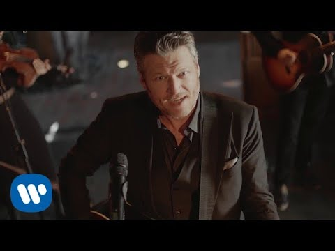 Blake Shelton — «I'll Name The Dogs» (Official Music Video)