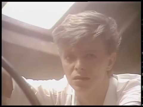 David Bowie — Look Back In Anger [OFFICIAL VIDEO]