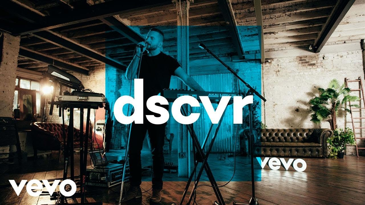 Elderbrook — Talking — Vevo dscvr (Live)