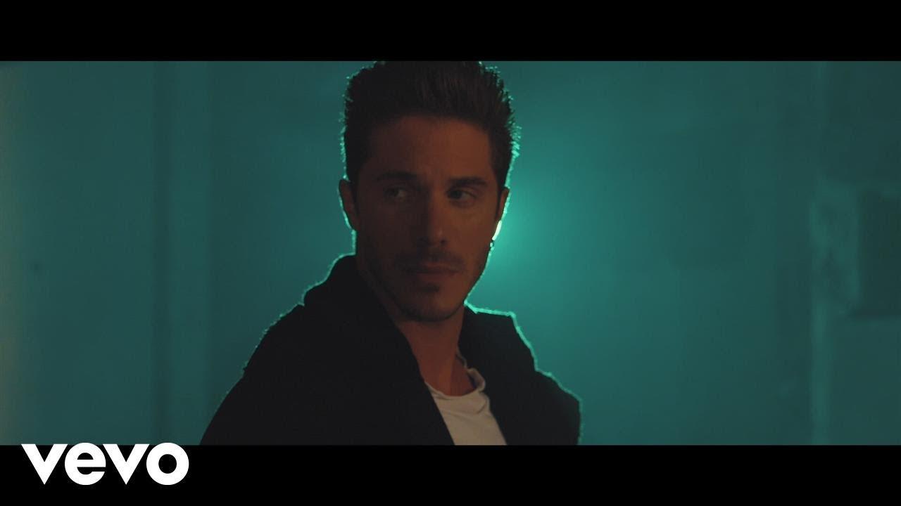 Νίκος Οικονομόπουλος — Για Κάποιο Λόγο (Official Music Video)