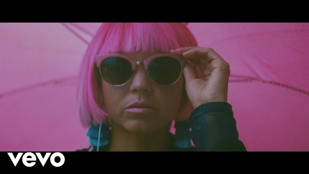 Bomba Estéreo — Internacionales (Official Video)