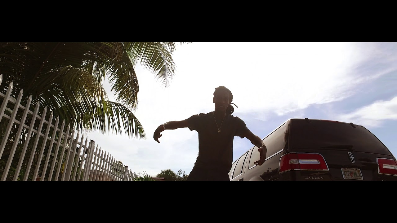 Yung Simmie — Slums ft Johnny Hopkins (Official Video)