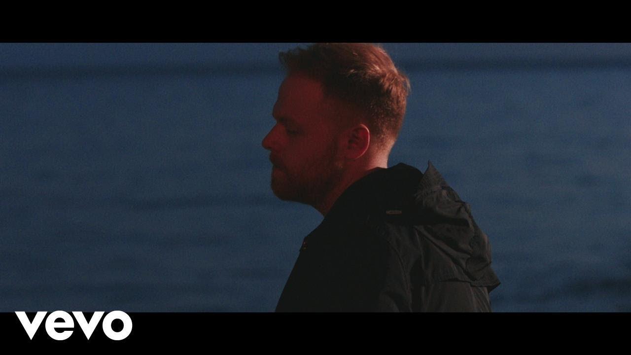 Tom Walker — Leave a Light On (Official Video)