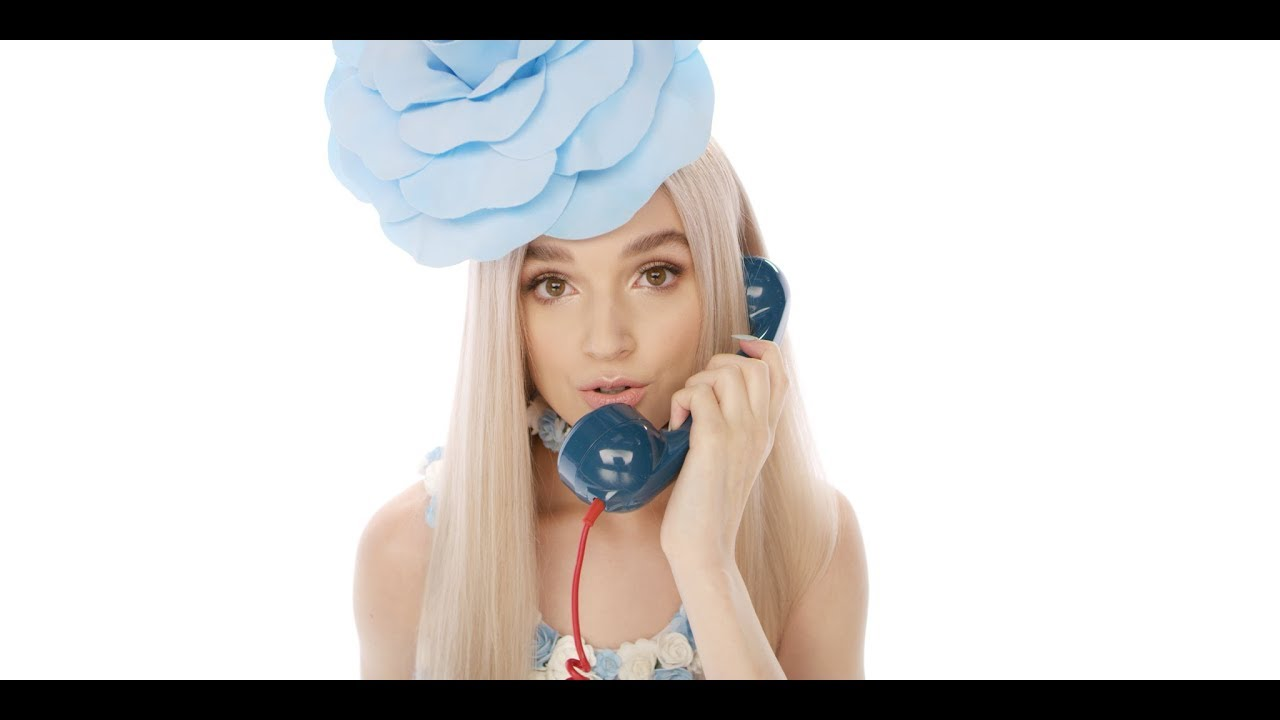 Poppy — Moshi Moshi (Official Video)