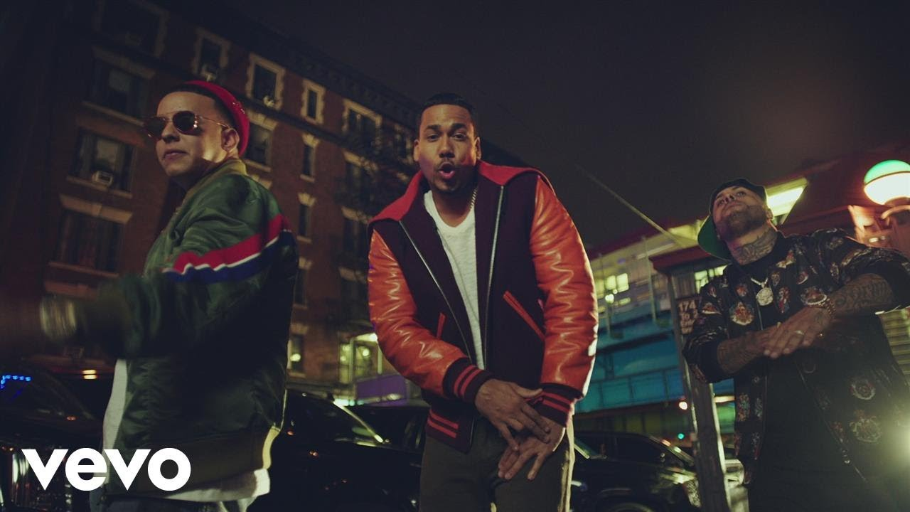 Romeo Santos, Daddy Yankee, Nicky Jam — Bella y Sensual (Official Video)