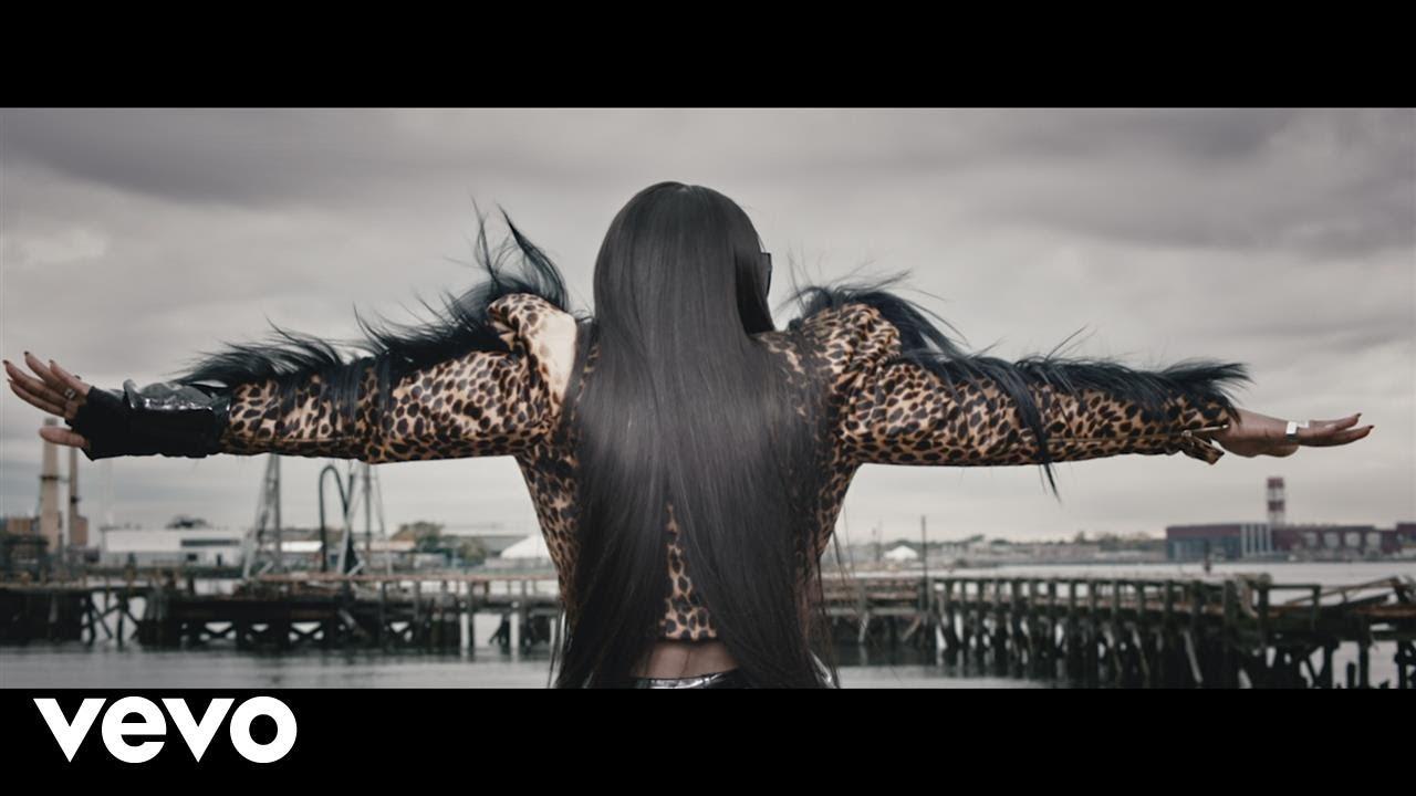 Remy Ma — Wake Me Up ft. Lil' Kim