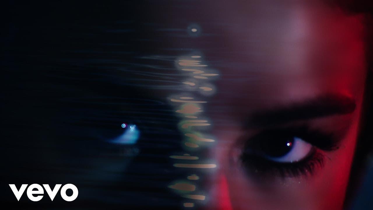 Selena Gomez, Marshmello — Wolves