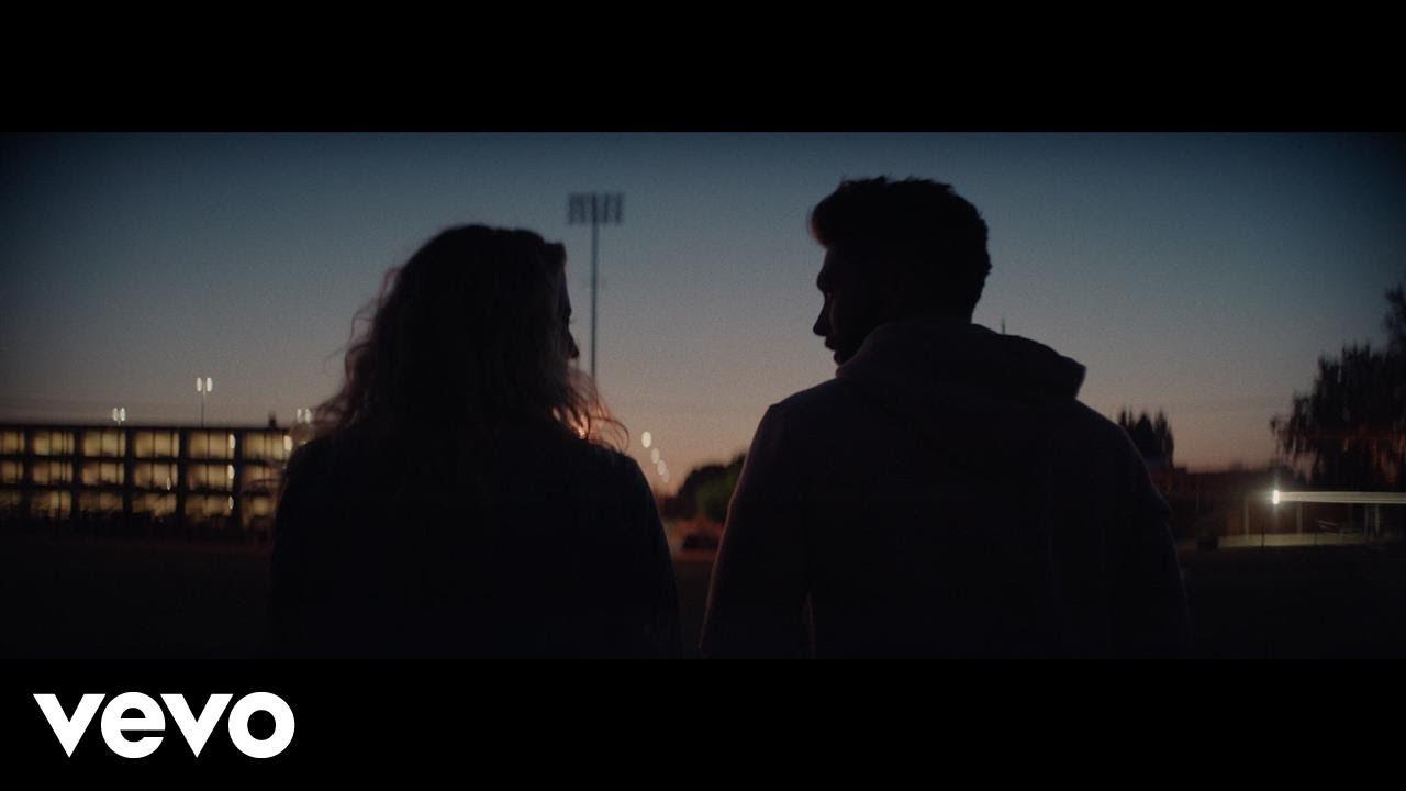 Chris Lane — Take Back Home Girl ft. Tori Kelly