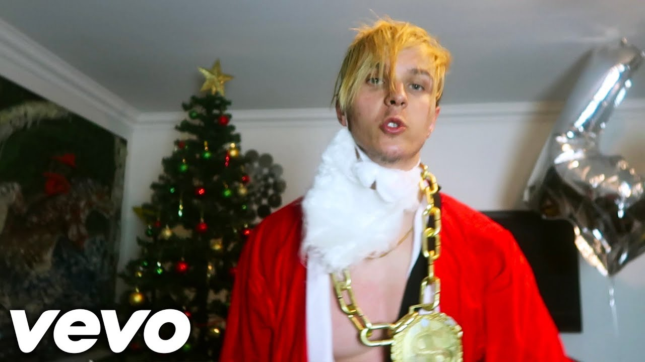 CHRISTMAS SONG (Official Music Video) ♬