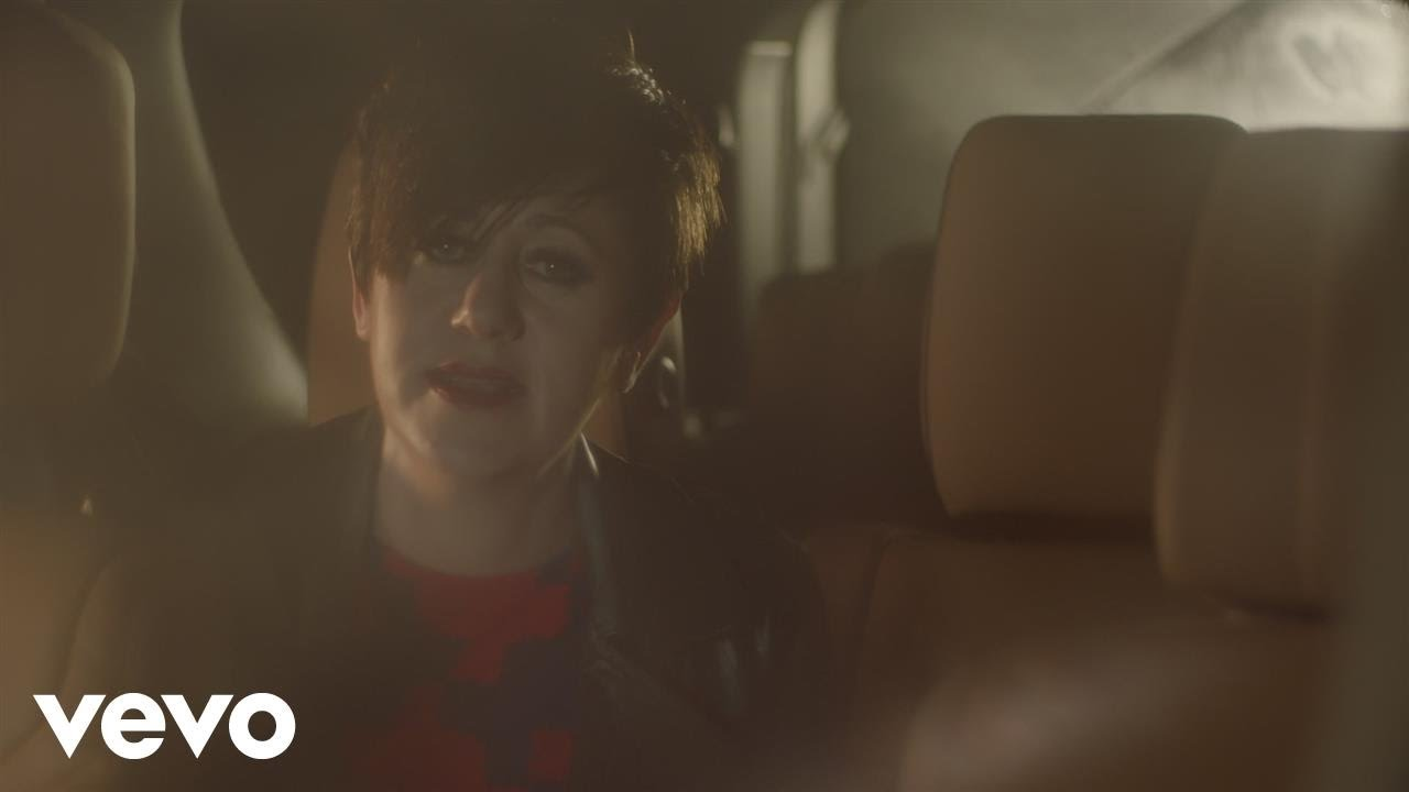 Tracey Thorn — Queen (Official Video)