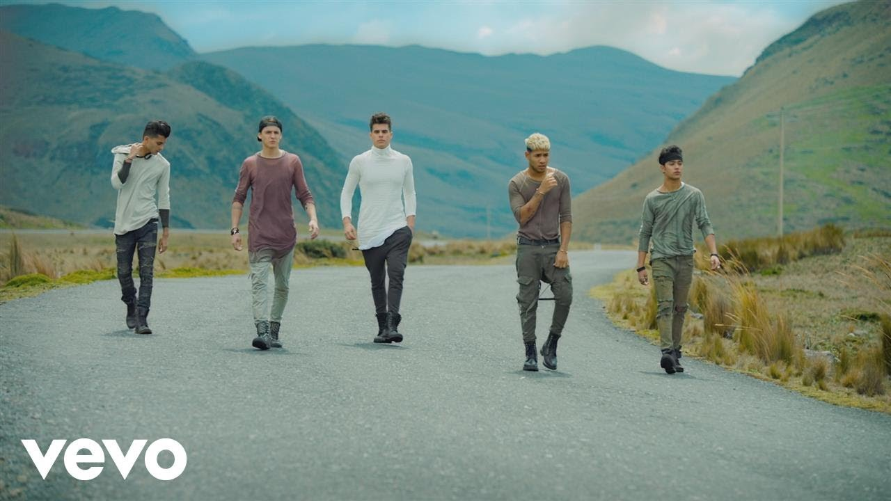 CNCO — Mamita (Official Video)