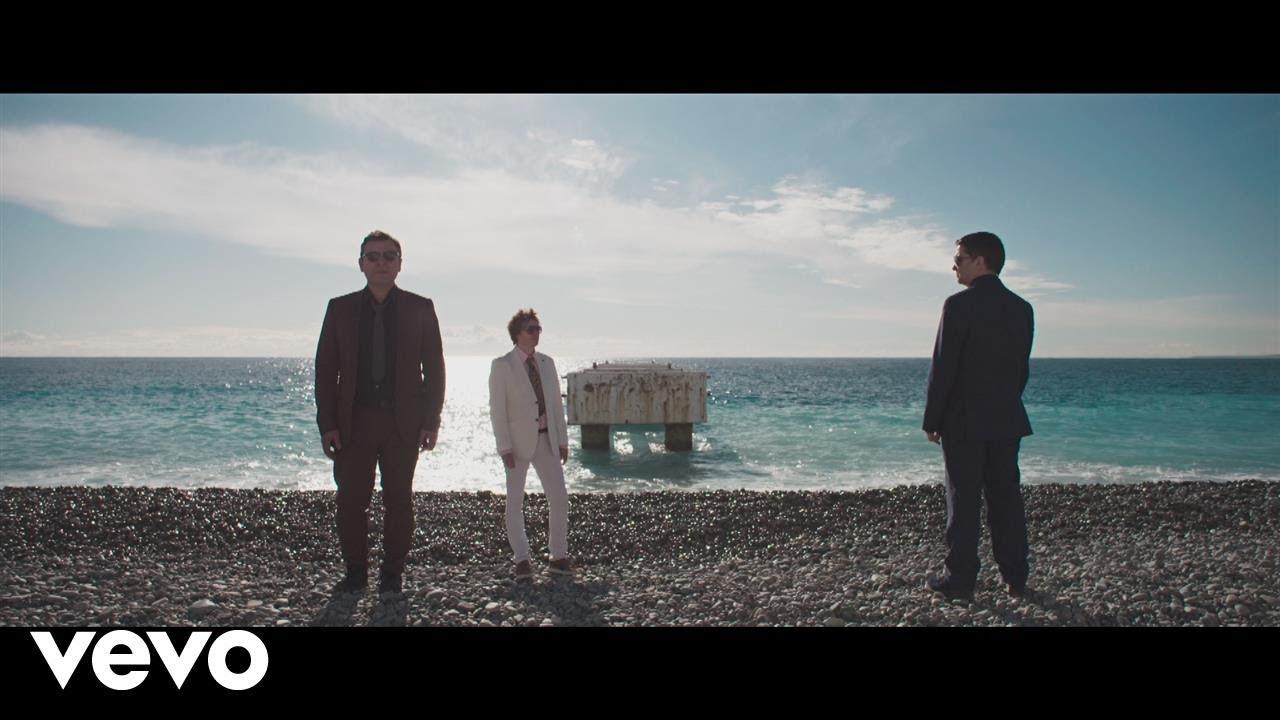 Manic Street Preachers — International Blue (Official Video)