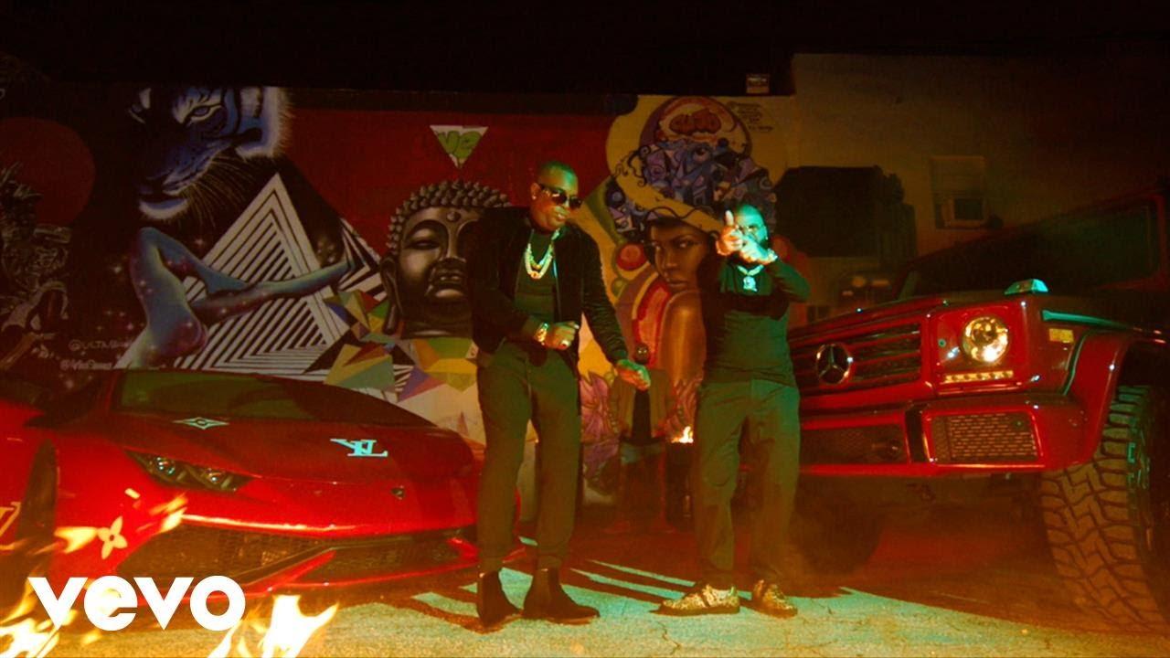 Farruko, El Micha — Fuego [Official Music Video]